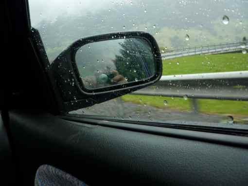 rainy-lr1